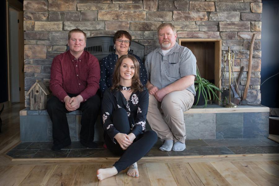 Photo of Thomas family